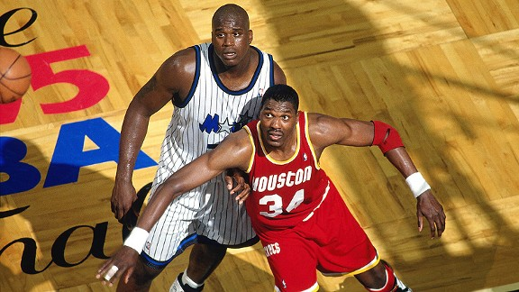 Hakeem-Olajuwon-O-Neal-1995-nba-finals-basketball-within-borders1.jpg